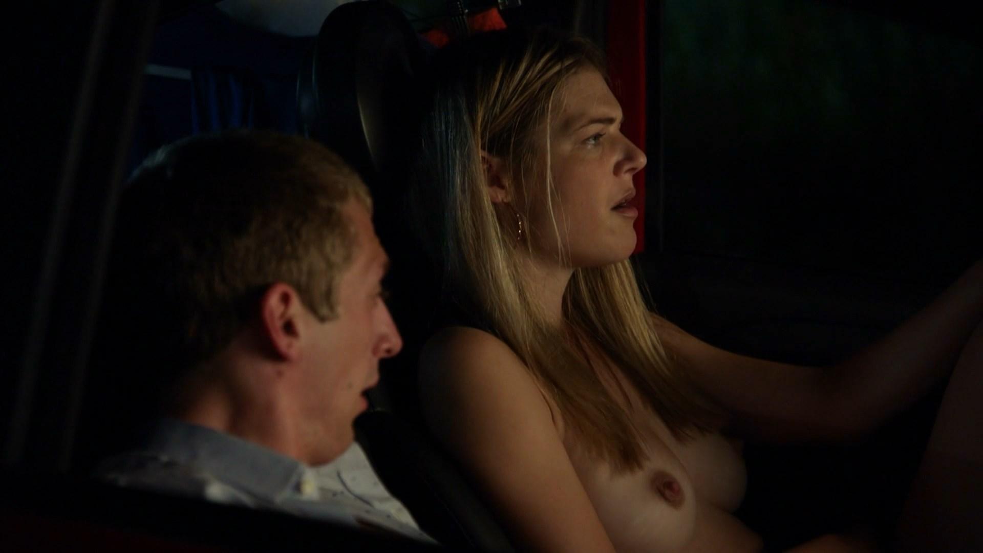 Shameless s09e07 (2018) – Kate Miner Nude Scene Video